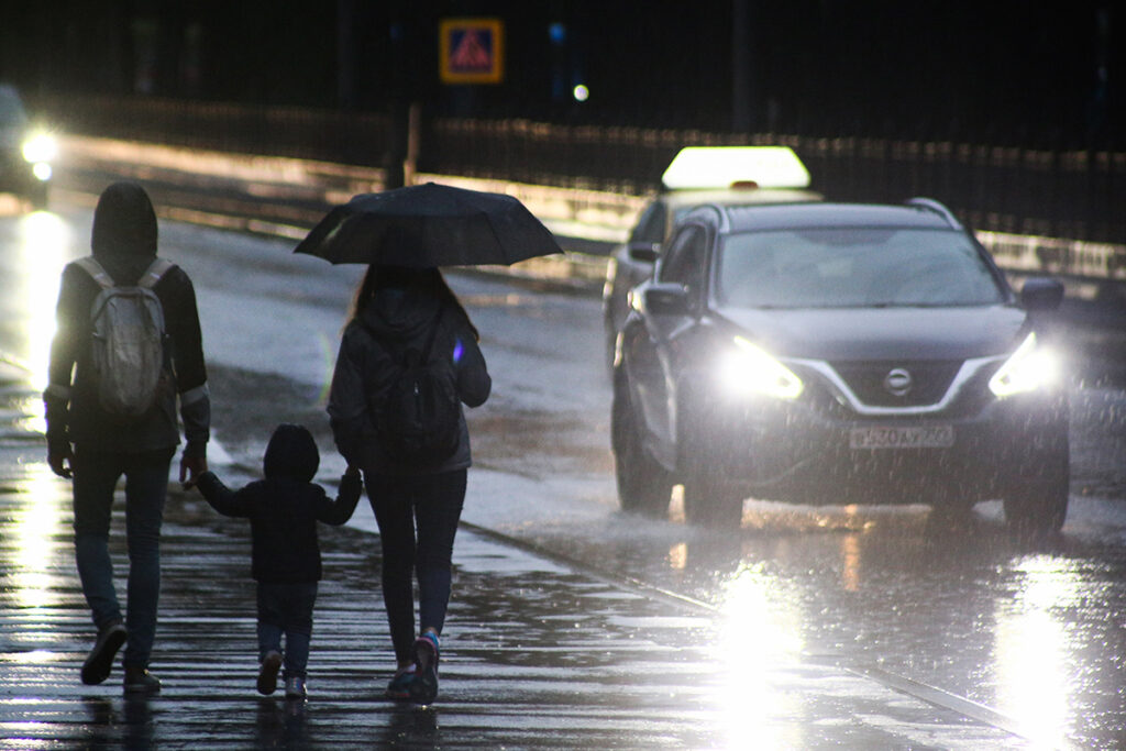 «Холодно и промозгло»: москвичам рассказали о погоде на выходных
