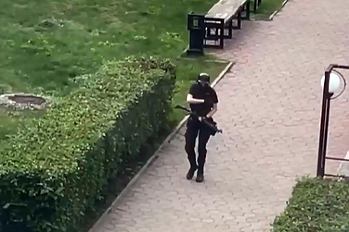 В Пермском госуниверситете неизвестный открыл стрельбу